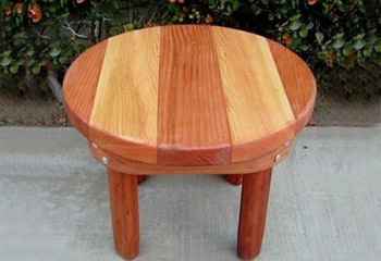 Ashleyu0027s Round Small Wood Side Table