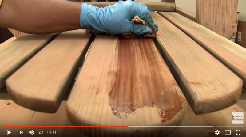 A Video Guide to Making Your Patio Furniture Look Good as New