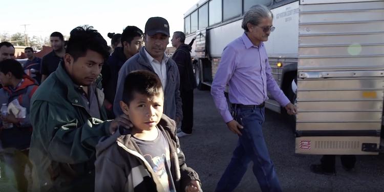 Bus arriving at El Calvario
