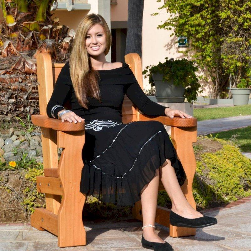 Angel's Chair (Options: Douglas-Fir, No Cushion, Transparent Premium Sealant). Photo Courtesy of The Estero Beach Resort, Ensenada, Mexico.