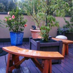 Arc Picnic Bench (Options: 3 1/2 ft, Mature Redwood, No Engraving, Transparent Premium Sealant).