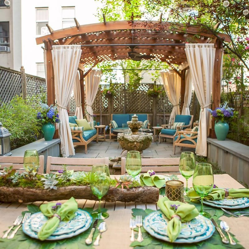 Arched Pergola Kits (Options: 14' L x 14' Arc W, No Privacy Panels, Mature Redwood, 8.5ft H, No Electrical Wiring, Include 4-post Anchoring Kit for Stone, No Post Decorative Trim, No Ceiling Fan Base, No Curtain Rods, Transparent Premium Sealant). Participant of Photo Contest 2017.