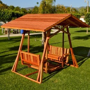 Dustin's Face to Face Glider (Options: Redwood, XXW Roof, Without Beverage Armrest, No Kid's Platform, No Engraving, Transparent Premium Sealant).