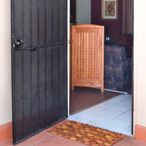 Flexible Wood Floor Mat (Options: 2.5' L, 1.5' W, Redwood, Transparent Premium Sealant). Photo also shows a 3-Privacy Screen.