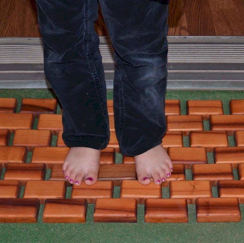 Flexible Wood Floor Mat (Options: 2' L, 1' W, California Redwood, Transparent Premium Sealant).