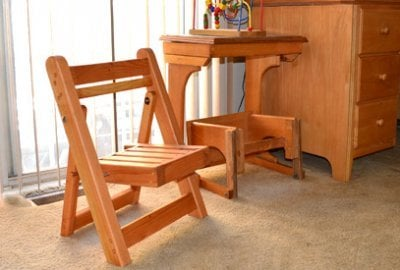 Kid's Wooden Folding Chair