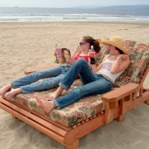 La Grange Lounger (Options: Double, Mature Redwood, Snack Tray on Right Side, 13