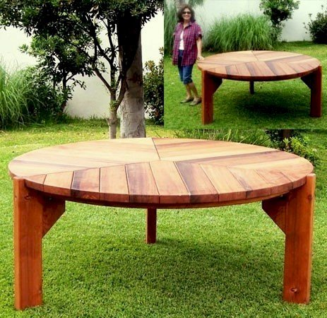 Lisa's Dining Table (Options: 6' Diameter, No Seating, Mature Redwood, Standard Tabletop, No Lazy Susan, No Umbrella Hole, Transparent Premium Sealant).