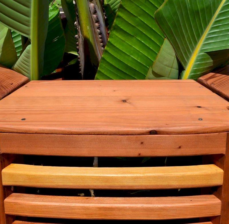 Luna Tree Bench (Options: 8 1/2 ft, California Redwood, Beverage Ledge, No Cushion, No Engraving, Transparent Premium Sealant). Photo Highlights Beverage ledge/backrest finish detail.