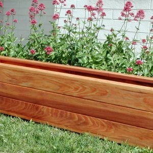"Mendocino Planter (Options: 96"" L, 18"" W x 18"" H, Mature Redwood, 1 3/4-inch Feet, No Trellis, No Growing Vegetables, Transparent Premium Sealant)."