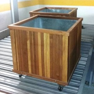 "Napa Planter (Options: 36"" L x 36"" W x 30"" H, Mosaic Eco-Wood, With Casters, No Trellis, No Growing Vegetables, Transparent Premium Sealant). By custom request, we added galvanized steel liners to these boxes. If you need something like this, please let us know. Photo Courtesy of C. Williams of San Francisco, CA."