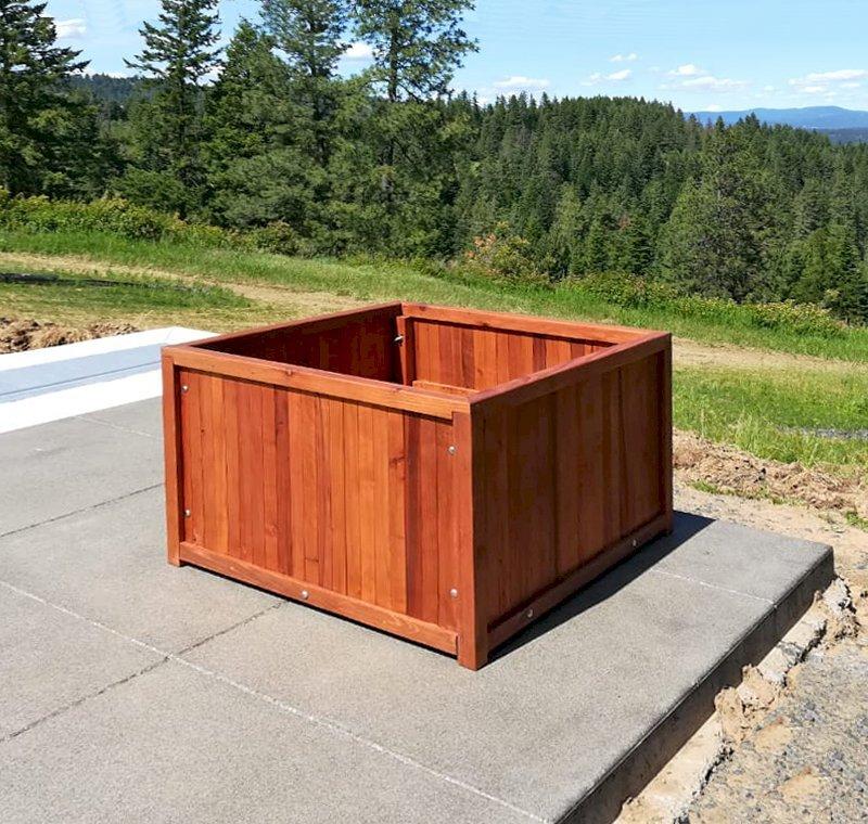 "Napa Planters (Options: 36"" L x 36"" W x 24"" H, Mature Redwood, With 1-inch feet, No Trellis, No Growing Vegetables, Transparent Premium Sealant). Photo Courtesy of J. Scott of Coeur deline, Idaho."