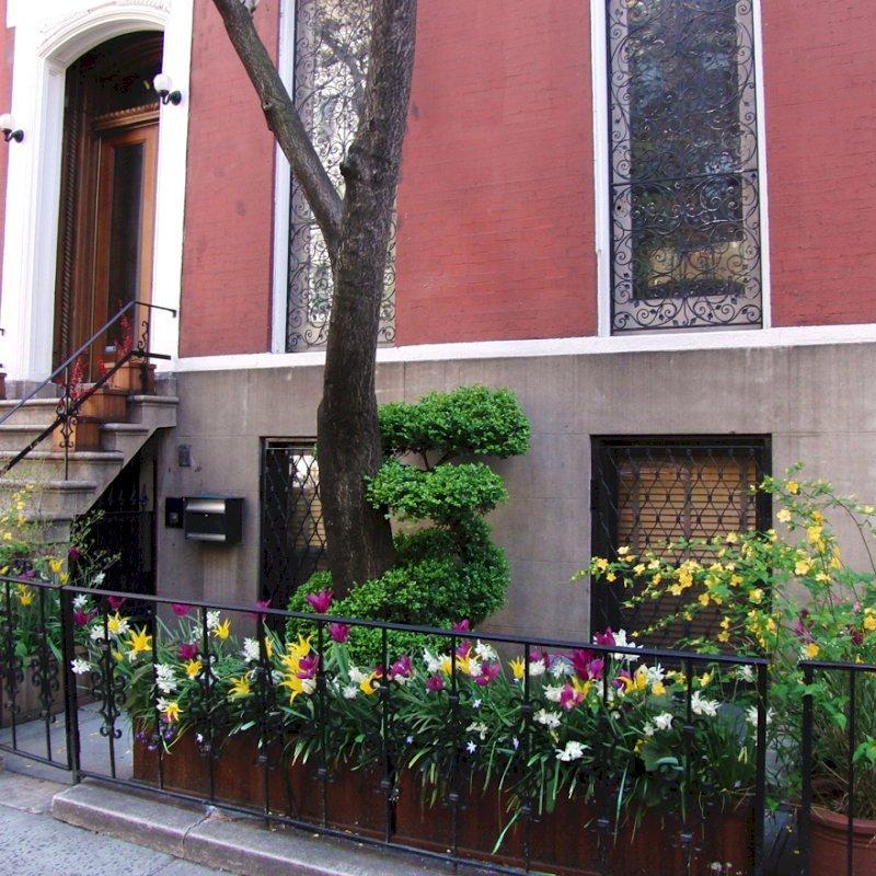 "Napa Planter (Options: 60"" L x 18"" W x 18"" H, Mature Redwood, No Base or Caster, No Trellis, No Growing Vegetables, Transparent Premium Sealant). Photo Courtesy of Ben Butler of Manhattan, NY."