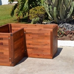 Custom V-Shaped Parquet Planter (Options: 48in L x 24in W x 24in H, Mature Redwood, Feet, No Trellis, No Growing Vegetables, Transparent Premium Sealant).