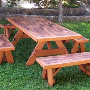 Parquet Benches (Options: 4 ft L x 17 3/4 inches W x 17 inches H, Mature Redwood, No Cushion, No Engraving, Transparent Premium Sealant) with a 7 ft Matching Picnic Table.