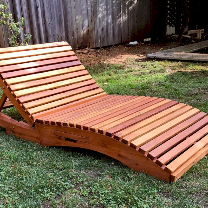 "Penny Wooden Sun Lounger (Options: Honeymoon, Redwood, Standard 72 inches, No Armrests, Snack Trays on Both Sides, 13"" H, Wheels, No Cushion,Transparent Premium Sealant). Photo Courtesy of H. Clausnitzer of Santa Cruz, CA."