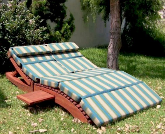 "Penny Wooden Sun Lounger (Options: Double, Mature Redwood, Snack Trays on Both Sides, 13"" H, No Wheels, 3"" thick Cushion, 5 section cushion, Transparent Premium Sealant)"
