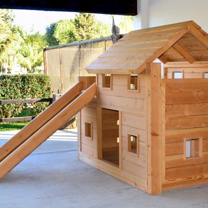 Playhouse Bed (Options: Douglas-fir, Transparent Premium Sealant).