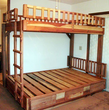 "Punta Banda Bunk Bed (Double over Queen, Redwood, 1 Ladder on North Side, 1 Headboard on South Side, Standard Style, 1 Set of Drawers, 10"" Safety Rails, Transparent Premium Sealant)."