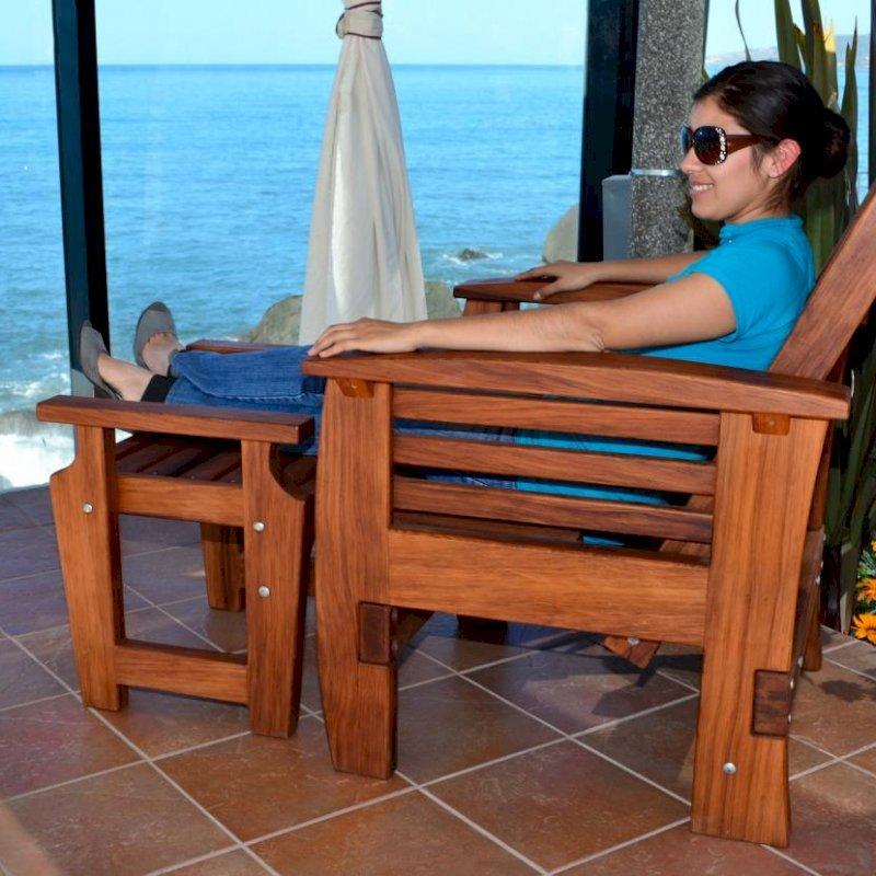 Reclining Easychair (Options: Add Easychair Ottoman, Mature Redwood, No Cushion, Transparent Premium Sealant).