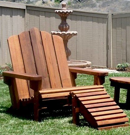 Adirondack Chair (Options: Extra Wide Size, Old-Growth Redwood, No Cushion, Transparent Premium Sealant). Shows Standard Ottoman and Round Side Table is partially visible.