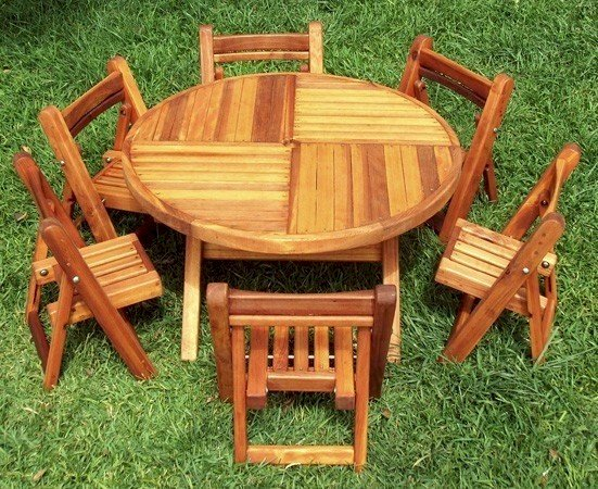 "Kid's Round Folding Table (Options: 39"" Diameter, Redwood, 6 Folding Chairs, Umbrella Hole & Plug, Seamless Tabletop, Transparent Premium Sealant)."