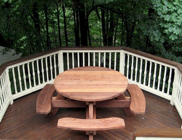 Round Picnic Table (Options: 4.5' Diameter, Attached Benches, Mature Redwood, Seamless Tabletop, No Lazy Susan, Umbrella Hole & Plug, Transparent Premium Sealant).