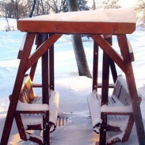 Santa Rosa Face to Face Glider (Adult Size, Mature Redwood, No Kid's Platform, No Engraving, Transparent Premium Sealant). (yes, its fine out in the snow...)