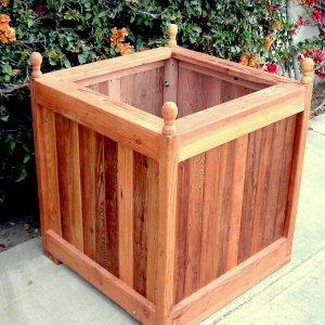 "Sonoma Finial Planter (Options: 36"" L, 36"" W x 36"" H, Redwood, Oval Finials, Feet , No Trellis, No Growing Vegetables, Transparent Premium Sealant)."