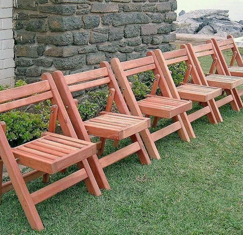 Folding Chairs (Options: Mature Redwood, No Cushion, Transparent Premium Sealant)