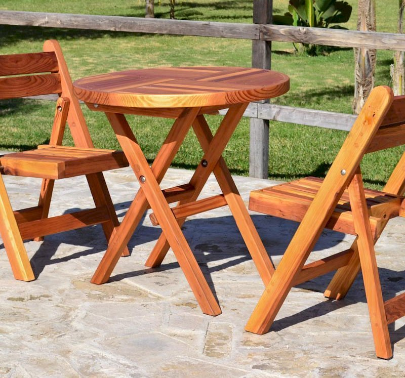 Folding Chairs (Options: Redwood, No Cushion, Transparent Premium Sealant) and Round Folding Table.
