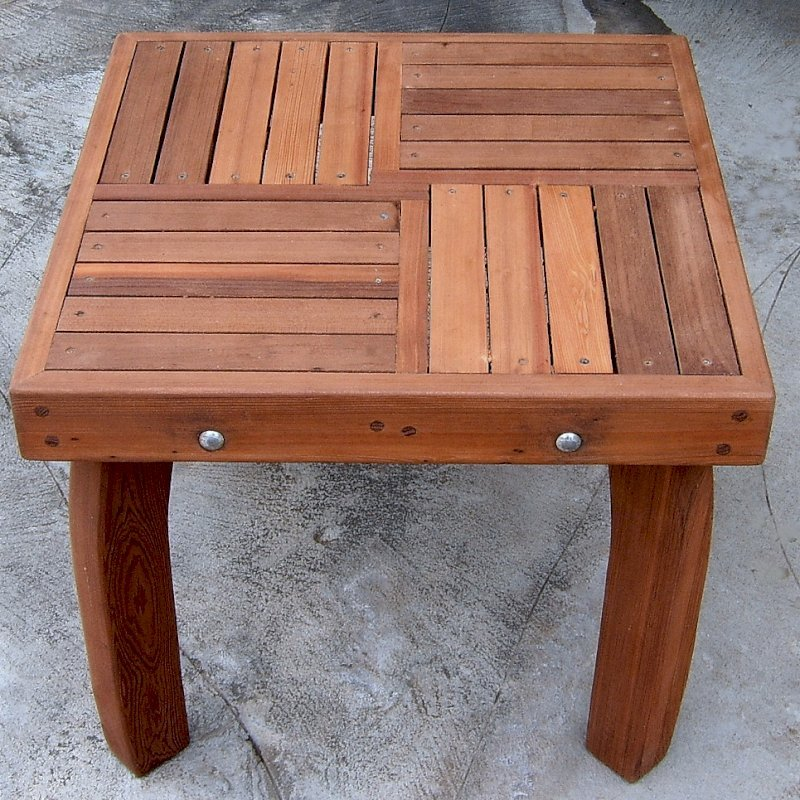 """Terrace Side Table (Options: 21 1/2"""" Size, Old-Growth Redwood, 18"""" H, Transparent Premium Sealant)."""