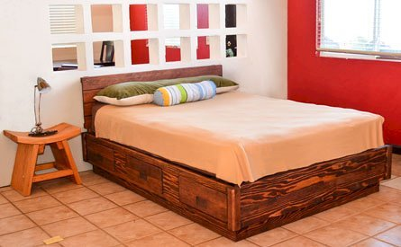 The Chest Bed (Options: Queen Size, Douglas-fir, Standard Headboard, 1 Set of Drawers on West Side of Bed, Coffee-Stain Premium Sealant).