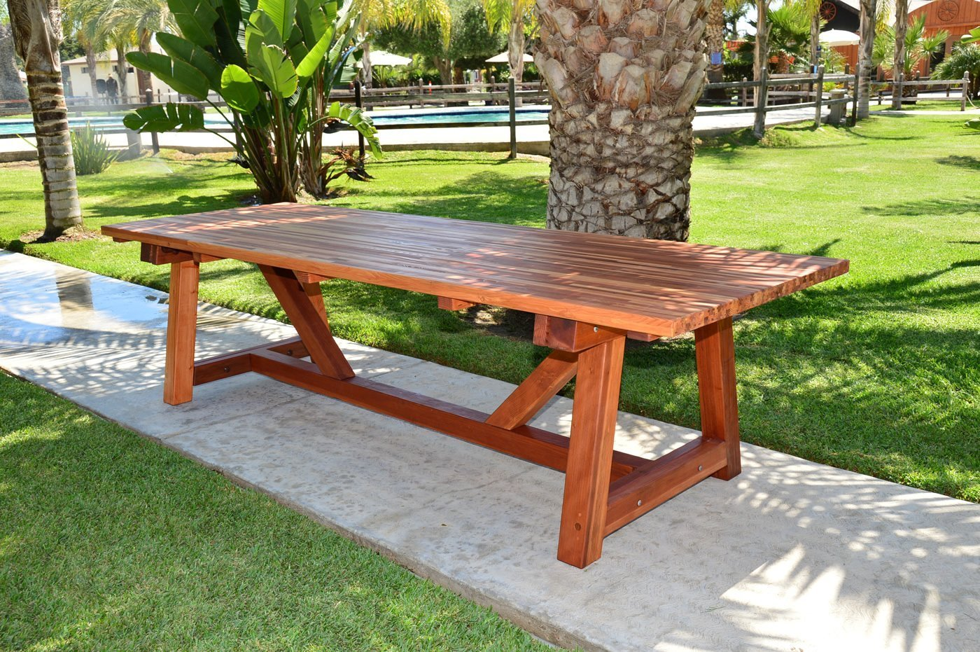 the classic redwood patio table foreverredwood rh foreverredwood com redwood patio furniture parts redwood patio furniture plans