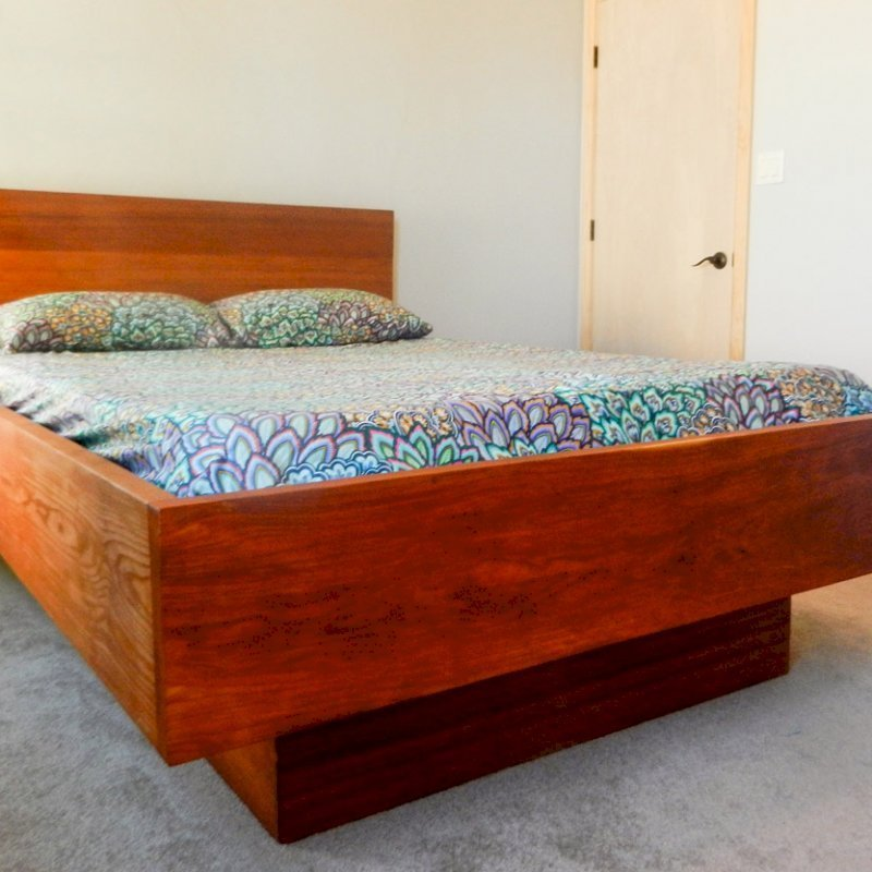 The Mathieu Heritage Bed (Options: Queen, Squared Corner, Transparent Premium Sealant). Photo Courtesy of Mitch Matthew of Rio Rancho, New Mexico.