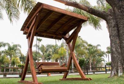 The Summerbreeze Swing Sets