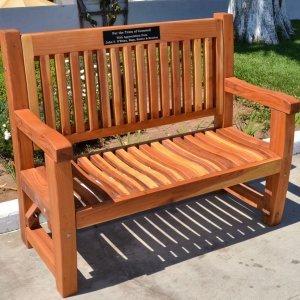 Ti Amo Bench (Options: 4 ft, Redwood, No Cushion, No Engraving, Custom Plaque Provided by Customer, Transparent Premium Sealant).