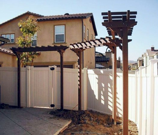 Two-Post Arbor (Options: 8' x 2', Mature Redwood, No Privacy Panel, 10 ft Posts Height, 2-Post Anchor Kit, Transparent Premium Sealant).