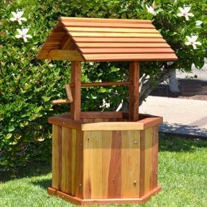 "Wishing Well (Options: Standard 27"", Redwood, Transparent Premium Sealant)."