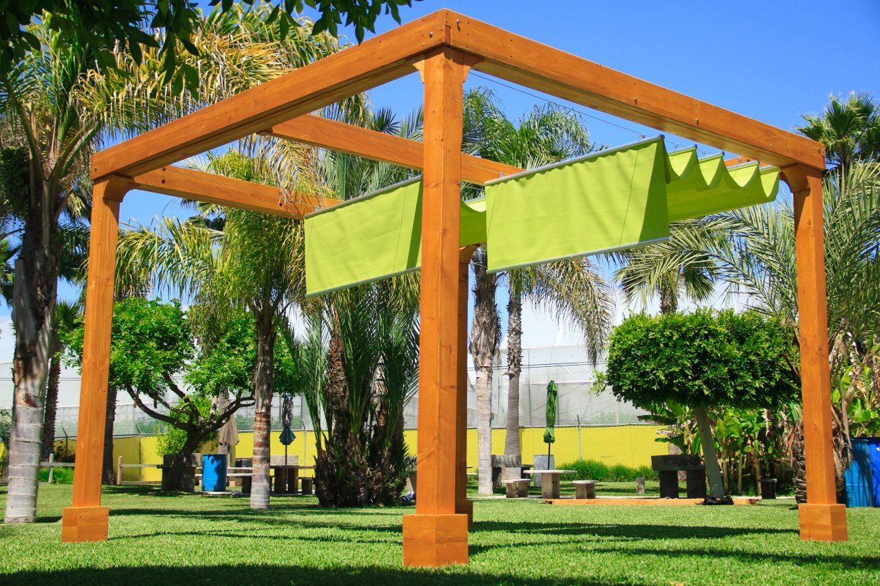 Attrayant Retractable Canopy Pergola