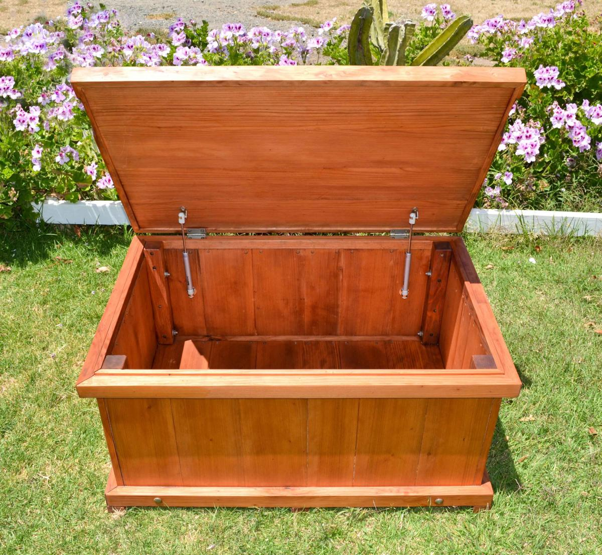 Wooden Storage Bench Forever Redwood