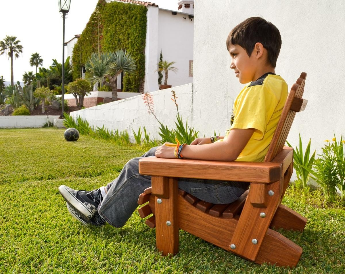 Wood project extra large adirondack chair plans here for Oversized kids chair