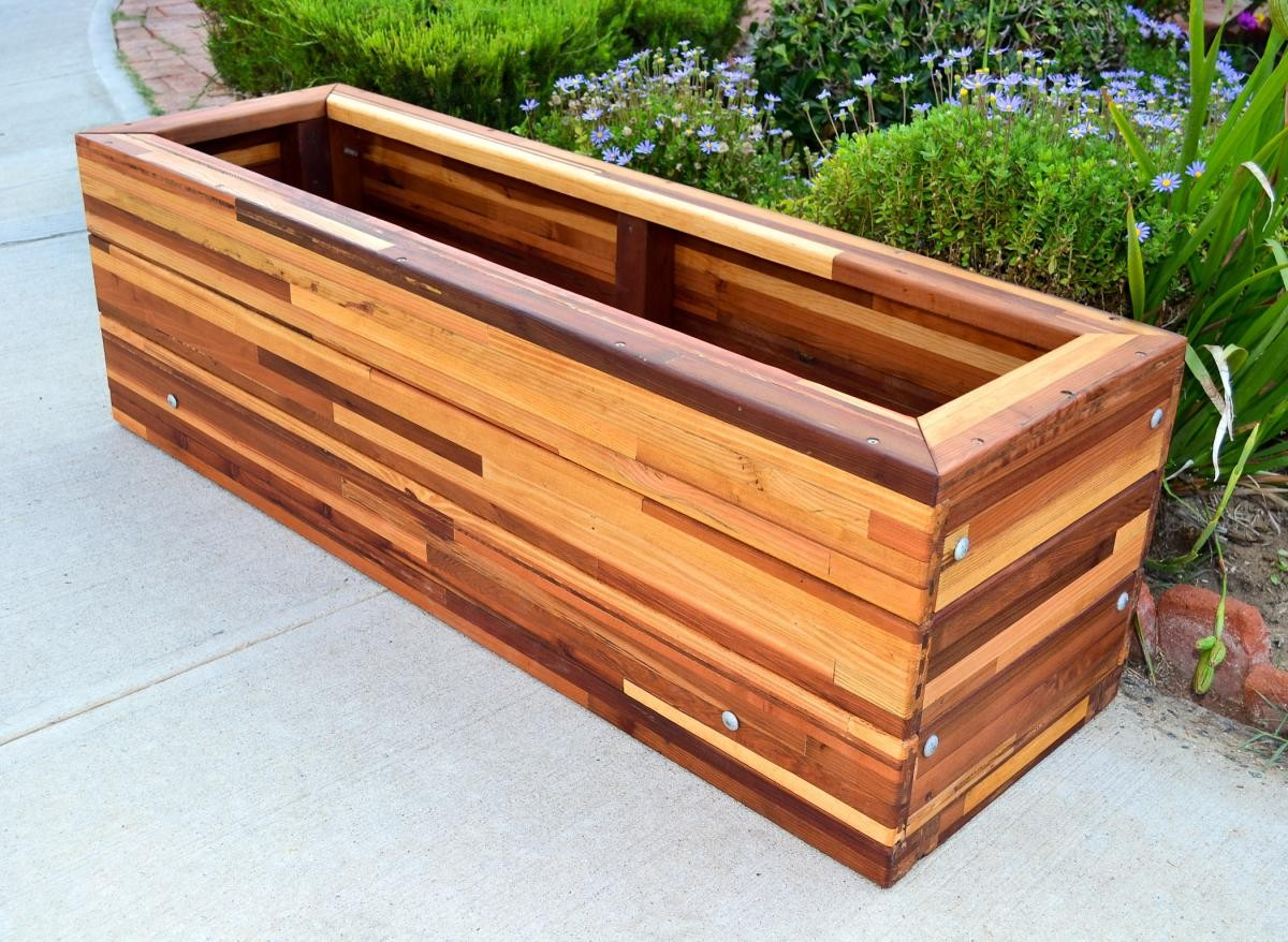 Tall planter boxes the mendocino planters built to last for Cubicle planter box